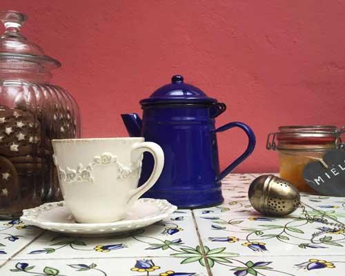 Set per prepararsi tisane e tè (in terrazza) sempre a disposizione